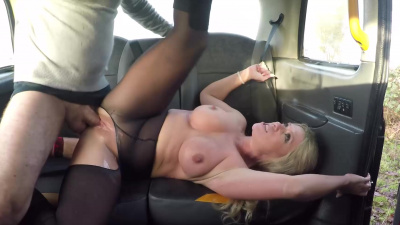 Stacked milf Sasha Steele gets covered in cum during taxi ride