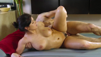 Keisha Grey letting her man fuck her hole until she begs him to jizz