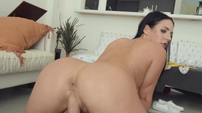Gorgeous diva Angela White sucking and fucking POV