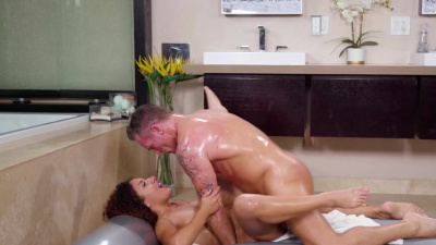 Masseuse Liv Revamped seduces client and has sex with him