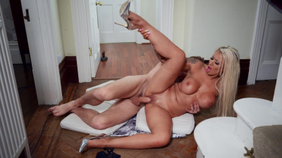 Busty blonde Brooklyn Blue cheats right under her husband's nose