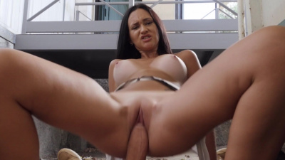 Street whore Gina Ferocious gives stanger head in public