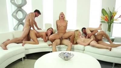 Carter Cruise, Katerina Kay and Lucy Tyler neighborly orgy