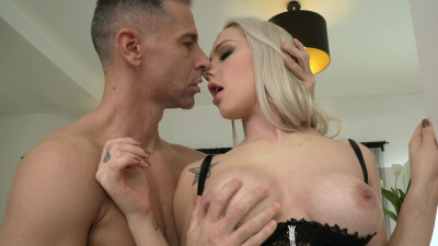 Beauty Angie Lynx bends over for an intense anal