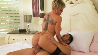 Milf Dee Williams get titfucked & pussy plowed bu her son's buddy