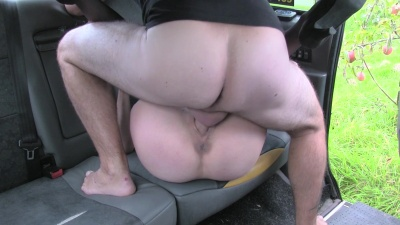 Melody Pleasure fucks & does bj rimjob & nylon handjob in the backseat