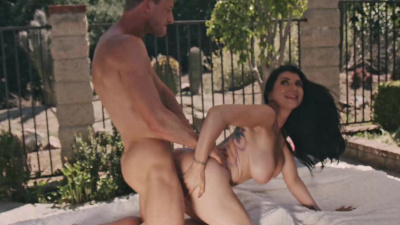 Romi Rain getting fucked & swallowing cum poolside during a livestream