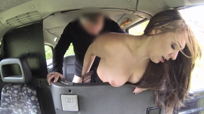 Crystal Coxxx squirts all over a taxi while fucking in ripped off pantyhose